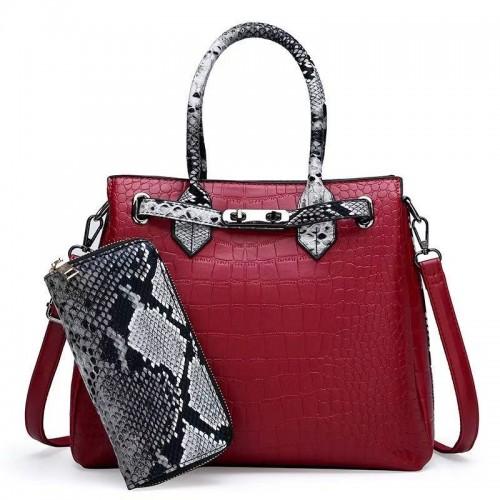 torbe crvena boja